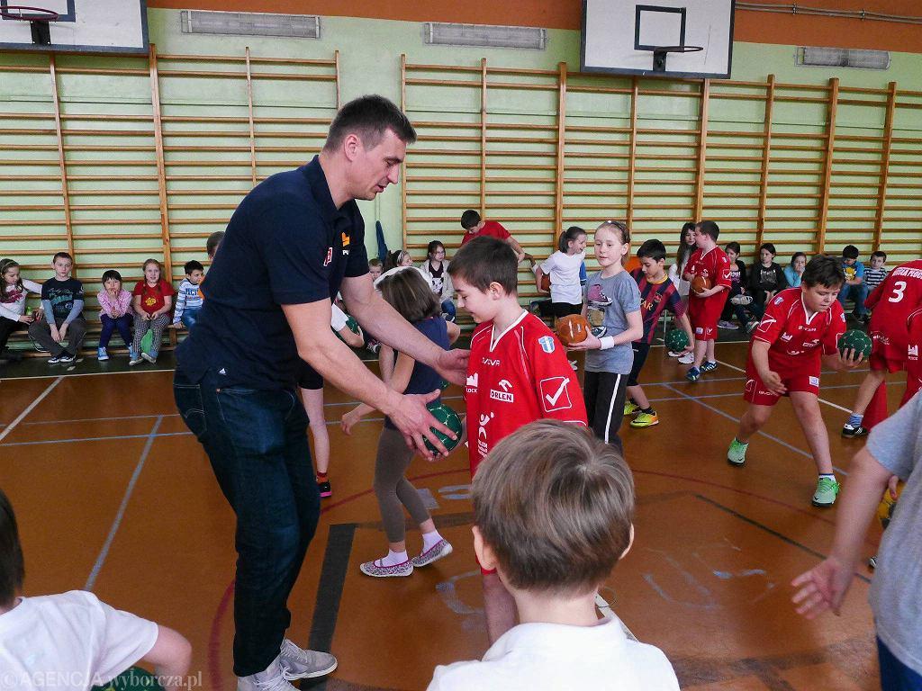 Spotkanie piłkarzy ręcznych w Szkole Podstawowej nr 3