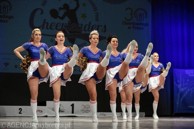 Zdjęcie numer 5 w galerii - Cheerleaderki rywalizują w Kielcach. Bo taniec nie jedną ma twarz [ZDJĘCIA]