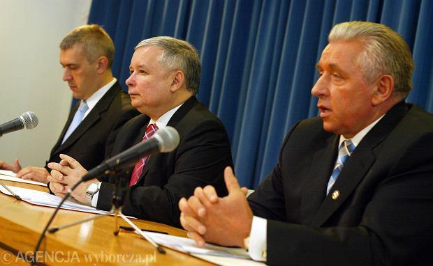 Od prawej: Lepper, Kaczyński i Giertych, 2007 r.