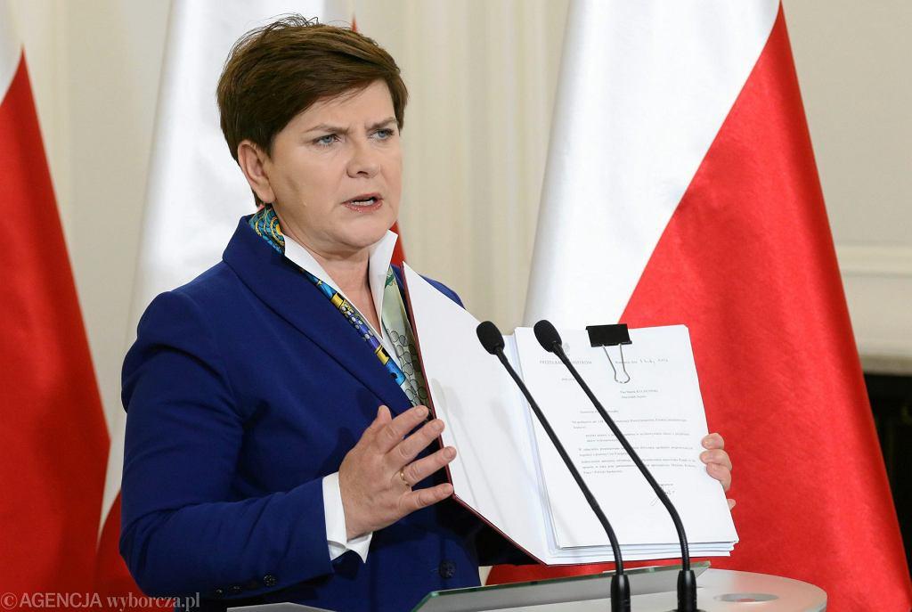 Premier Beata Szydło prezentuje program 'Rodzina 500 + ', 1 lutego 2016.