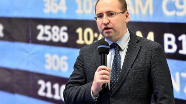 Adam Bielan: Gowin uznaje za zdrajców polityków, którzy przeciwstawili się jego planom