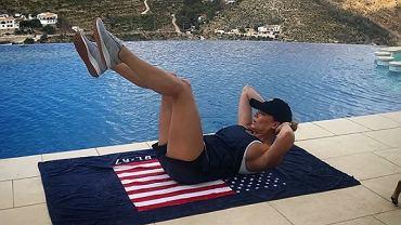 Małgorzata Rozenek-Majdan ćwiczy na wakacjach w Hiszpanii