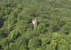 Stoi zapomniana w pobliżu polsko-niemieckiej granicy. Opuszczona Wieża Bismarcka. Czym jest i dlaczego w ogóle powstała?