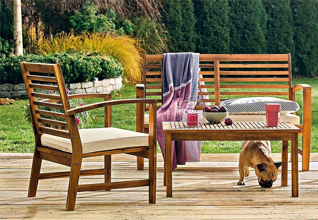 Tradycyjna ławka ogrodowa