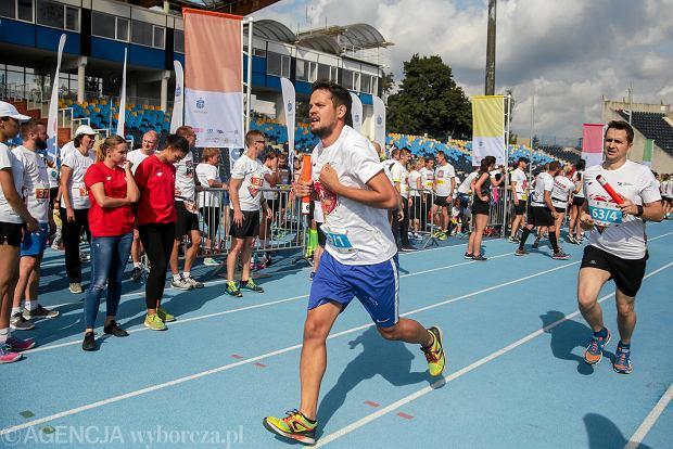Zdjęcie numer 40 w galerii - PKO Bieg Charytatywny. Na Zawiszy pomagali biegając [ZDJĘCIA]