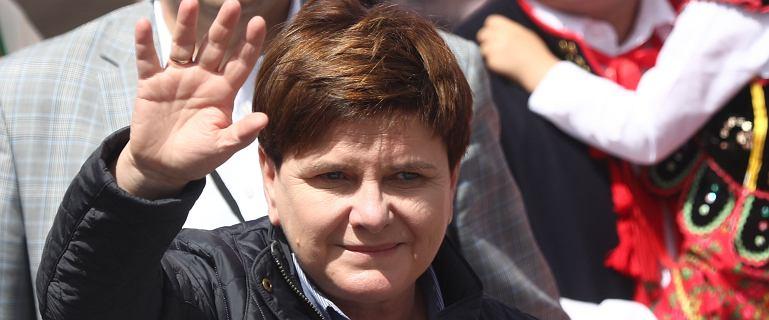 """Wypadek Szydło. B. premier zrzeka się nawiązki. Bo """"sprawa budzi emocje"""""""