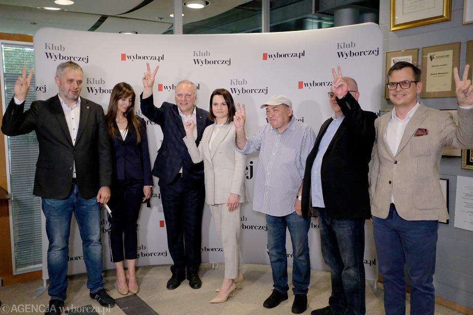 Swiatłana Cichanouska odbiera tytuł 'Człowieka Roku 2020' Gazety Wyborczej