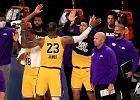 """NBA wróciła w disneyowskiej bańce. Wielkie emocje w """"bitwie o Los Angeles"""""""