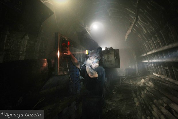 Producent kombajnów korumpował szefów kopalń i spółek węglowych. Zarzuty dla osób znanych w branży