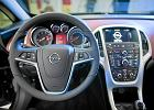 Kolejny rekord sprzedaży nowych aut w Polsce. Zadyszka Forda i Opla
