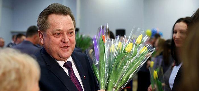 Onet: Zieliński rządzi podlaskimi lasami. Zabiegał o wstępowanie do PiS