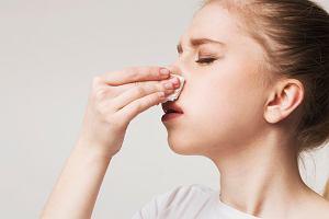 Krew z nosa w ciąży - przyczyny krwotoku i zapobieganie tej dolegliwości