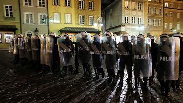 Policjant w gorzkich słowach o protestach: Bezkarnie sobie obrażali i szli dalej [TYLKO U NAS]