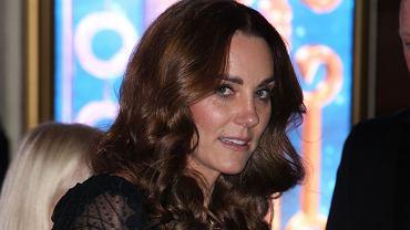 Księżna Kate w czwartej ciąży? Oficjalne oświadczenie z PałacuKensington i jej ostatnia nieobecność mogą to potwierdzać
