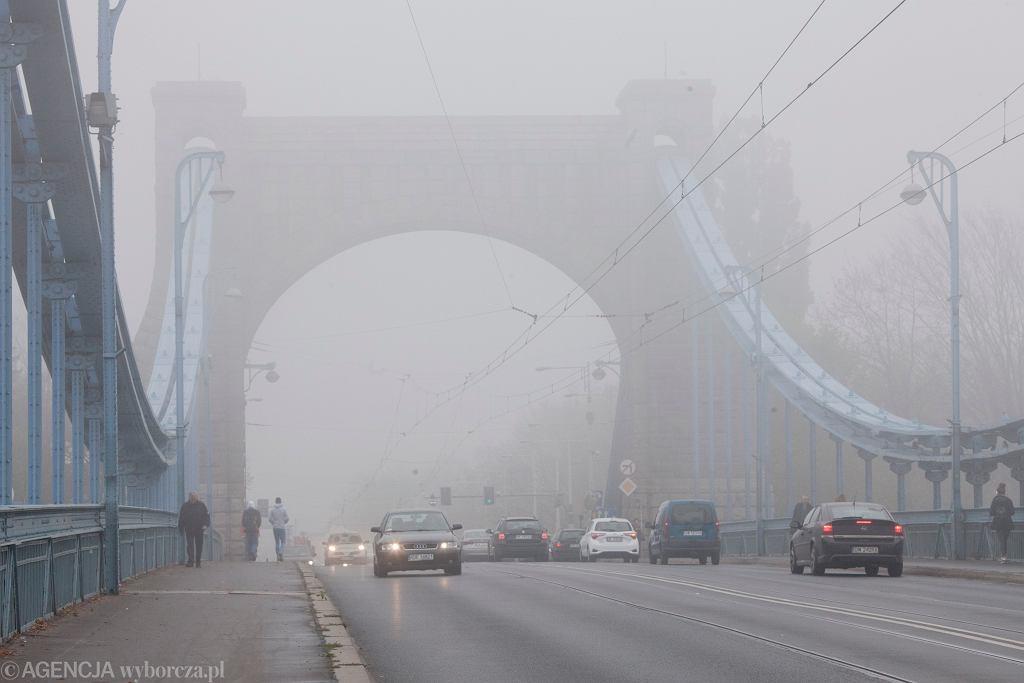 Mgła we Wrocławiu (zdjęcie ilustracyjne)