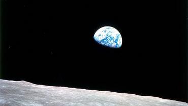 Z Księżyca