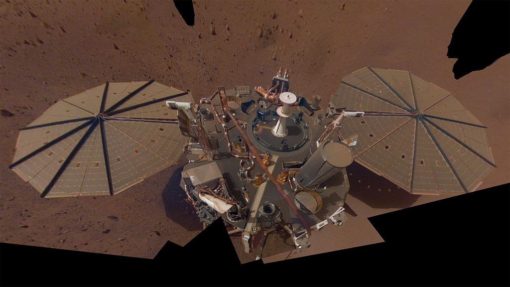 Selfie lądownika InSight na Marsie