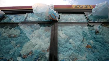 Wałbrzych poszedł na wojnę z plastikiem. Przedsiębiorcy uważają, że lokalne przepisy łamią konstytucję.