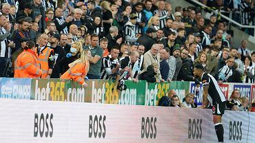 Przykry incydent w Premier League. Reanimacja kibica, sędzia przerwał mecz