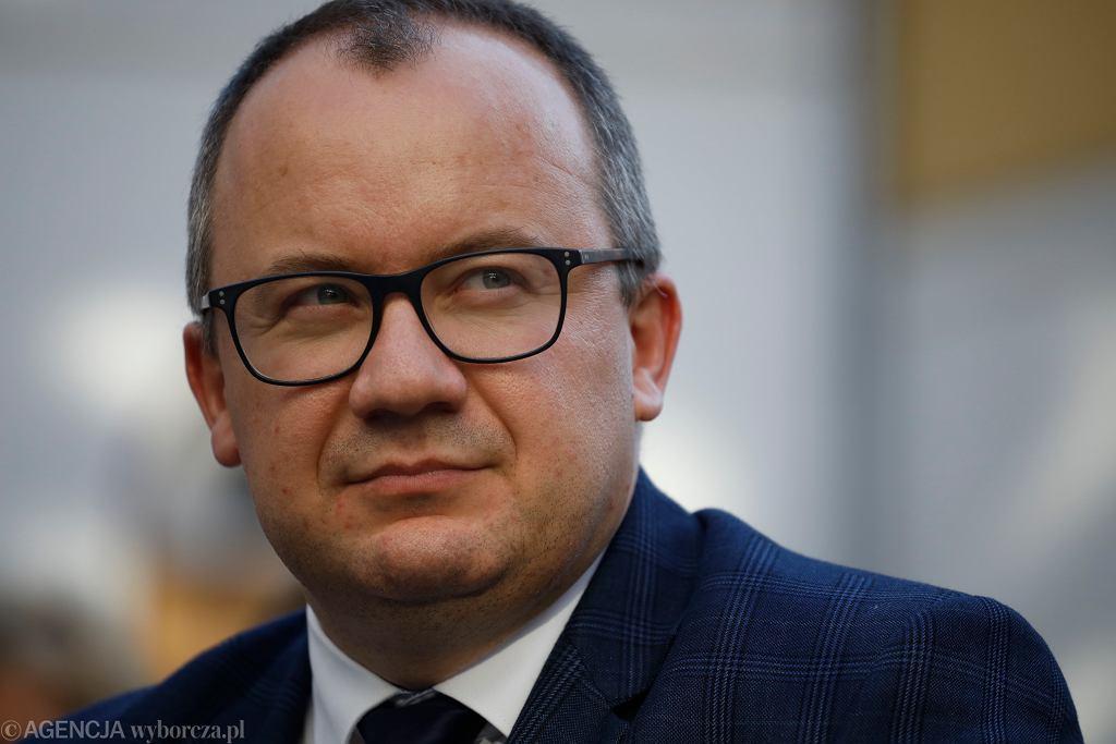 VUliczna opozycja w Warszawie dziekuje rzecznikowi praw obywatelskich Adamowi Bodnarowi
