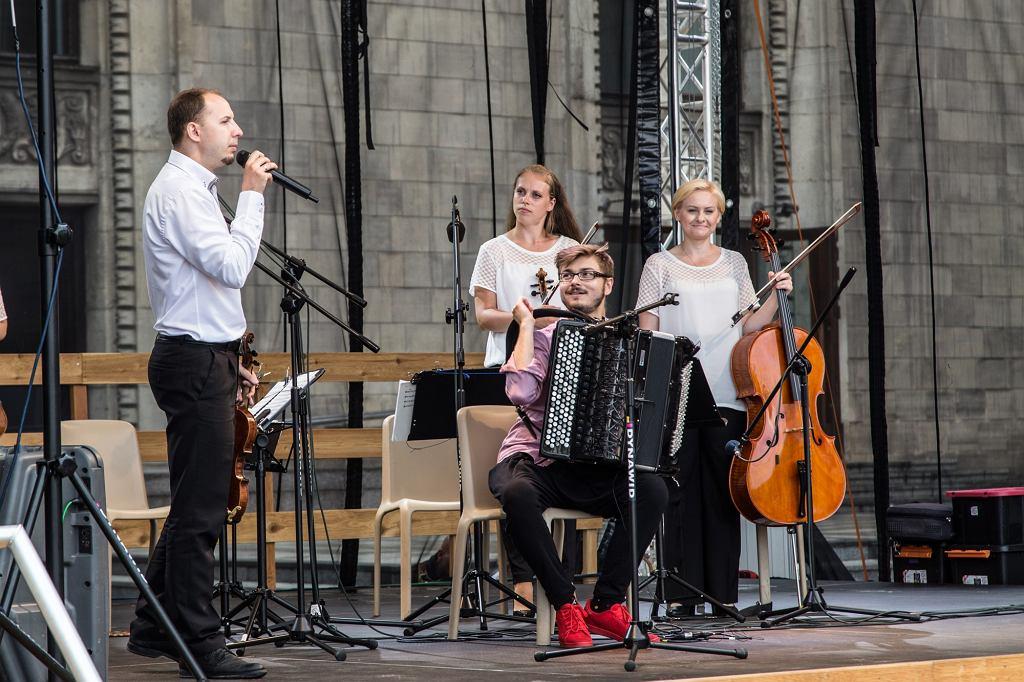 Mozart na placu Defilad / fot. Jarosław Misiewicz