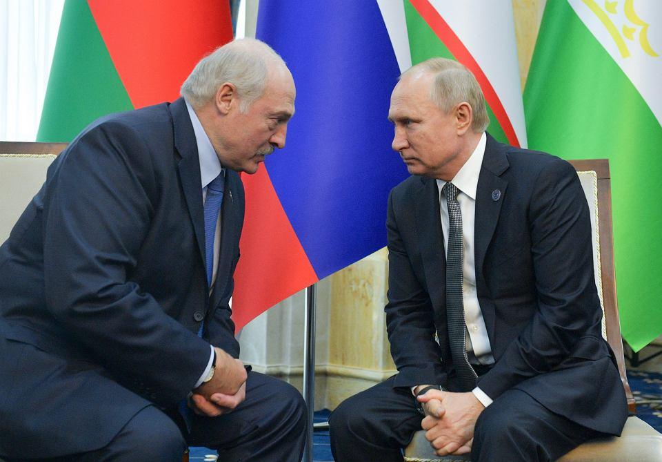 Aleksander Łukaszenka i Władimir Putin podczas spotkania w Biszkeku, 14 czerwca 2019 r.