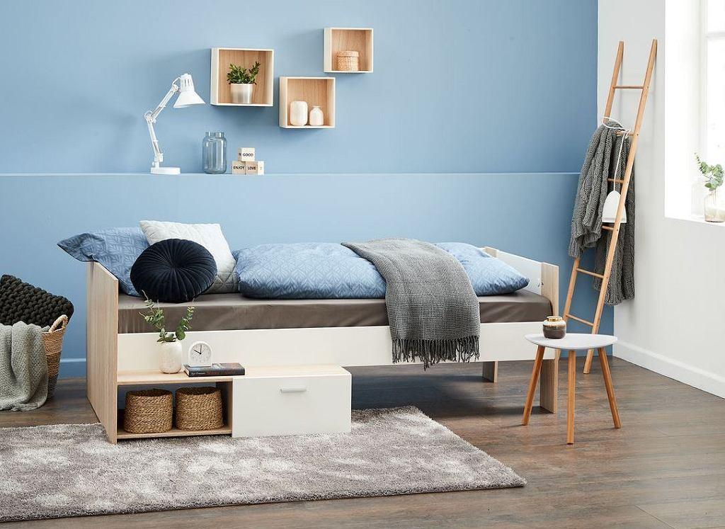 Drewniana drabina w sypialni