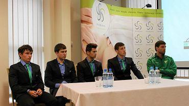 Nowi gracze Górnika - od prawej: Evaldas Razulis, Piotr Okuniewicz, Jose Currais Prieto, Filipp Rudik i Wołodymyr Tanczyk