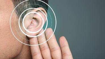 Ubytek słuchu jest efektem uszkodzenia części przewodzących dźwięki, które znajdują się w uchu środkowym albo zewnętrznym