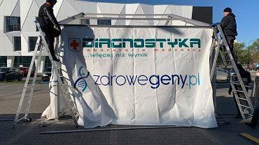 Warszawa. Na Ursynowie można wykonać test na obecność koronawirusa