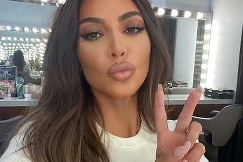 Kim Kardashian przeszła metamorfozę!