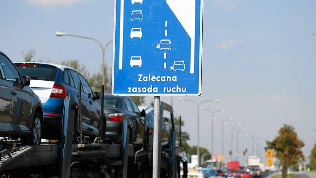 Jazda na suwak i korytarz życia będą obowiązkowe. Tak wynika z nowelizacji Prawa o ruchu drogowym
