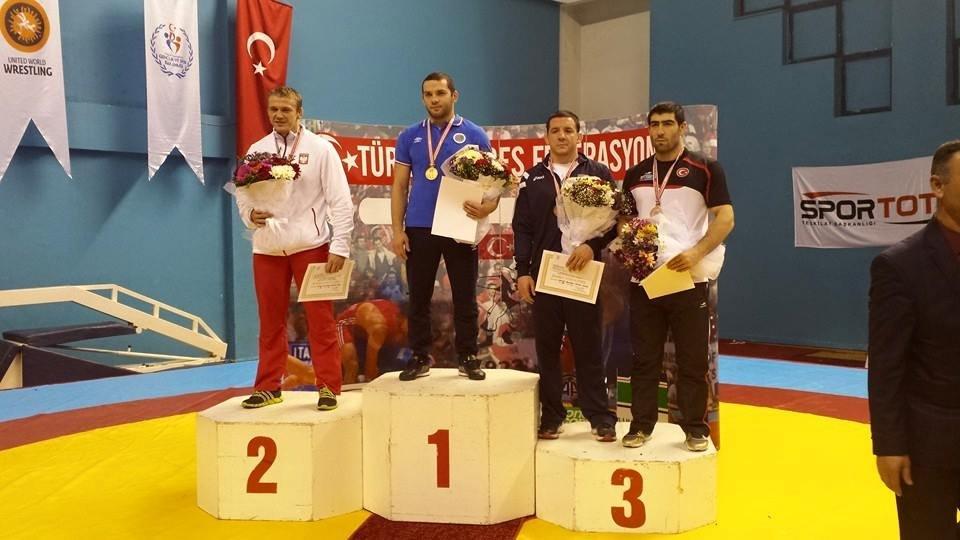 Radosław Marcinkiewicz na drugim stopniu podium w 43. Yasar Dogu w Stambule