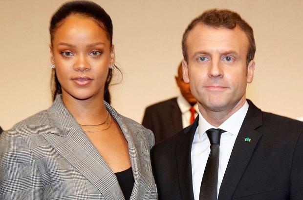 Emmanuel Macron i Rihanna spotkali się podczas konferencji charytatywnej w Senegalu. Prezydent Francji objął piosenkarkę, a ona nie zdołała ukryć zakłopotania.