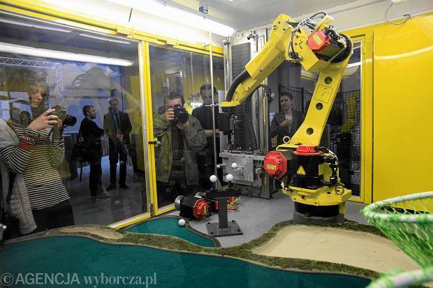 Robot przemysłowy formy Fanuc