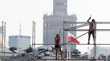 Przygotowania do uroczystości obchodów 80. rocznicy wybuchu II wojny światowej na pl. Piłsudskiego w Warszawie