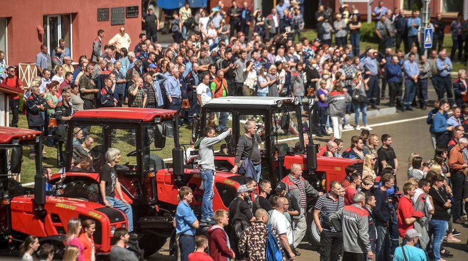 Wiec w mińskiej fabryce traktorów (MTZ), 14 sierpnia 2020.