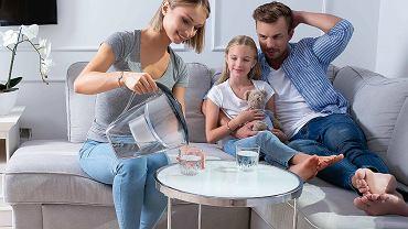 Czy filtrowanie wody pozbawia ją minerałów? Fakty i mity [MATERIAŁ PROMOCYJNY]