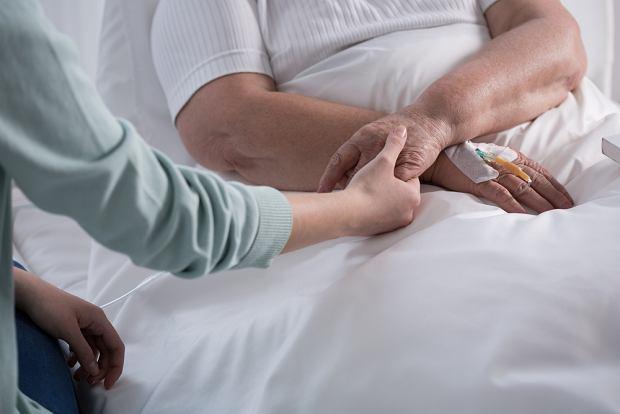 Mamy wspaniałych pacjentów, wspaniałych pracowników i wolontariuszy, którzy dają pacjentom mnóstwo serca (fot. Shutterstock)