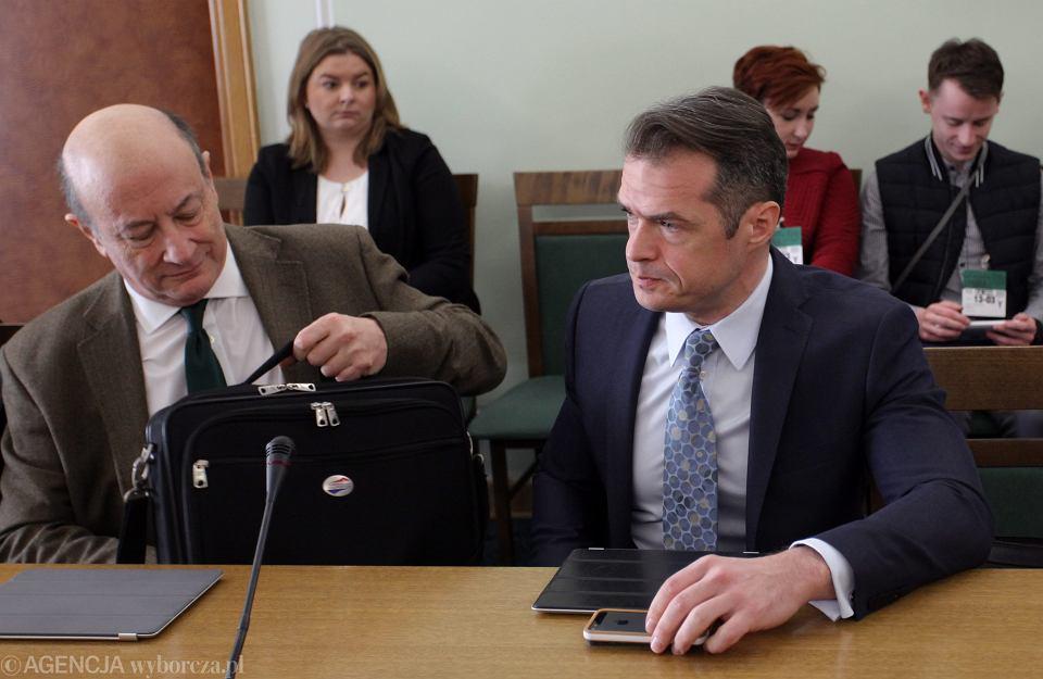 Były minister finansów w rządzie PO-PSL Jacek Rostowski i były minister transportu Sławomir Nowak podczas posiedzenia komisji spraw zagranicznych, Warszawa 13.03.2014.