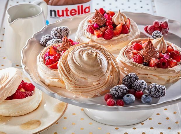 Mini Pavlova z kremem Nutella