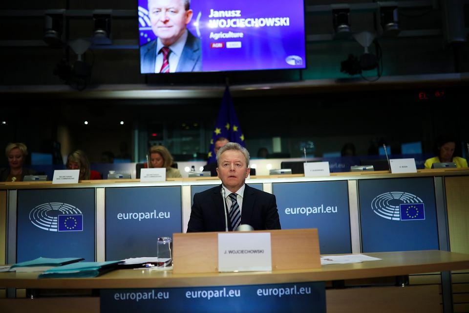Janusz Wojciechowski podczas ponownego, publicznego wysłuchania przez Parlament Europejski. Bruksela, 8 października 2019 r.