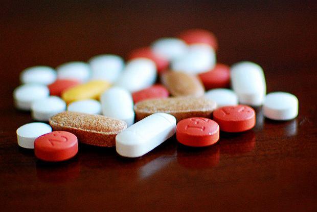 Tabletki na odchudzanie, spalacze tłuszczu, termogeniki - czy warto je stosować?