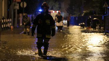 Podtopienia w Małopolsce. Ponad 700 zalanych budynków i 100 zalanych dróg