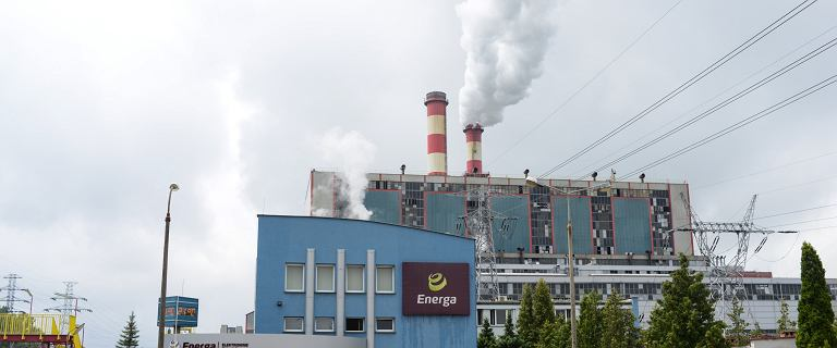 Wyciek oleju z elektrowni w Ostrołęce. Rzeka skażona na odcinku 35 km