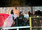 Zadyma podczas meczu Polonii z ŁKS-em. Policja rozgoniła kiboli gazem