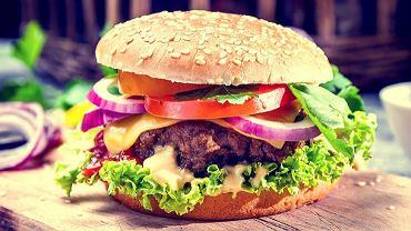 5 przepisów na fit hamburgery, które możesz przygotować i zjeść bez wyrzutów sumienia!