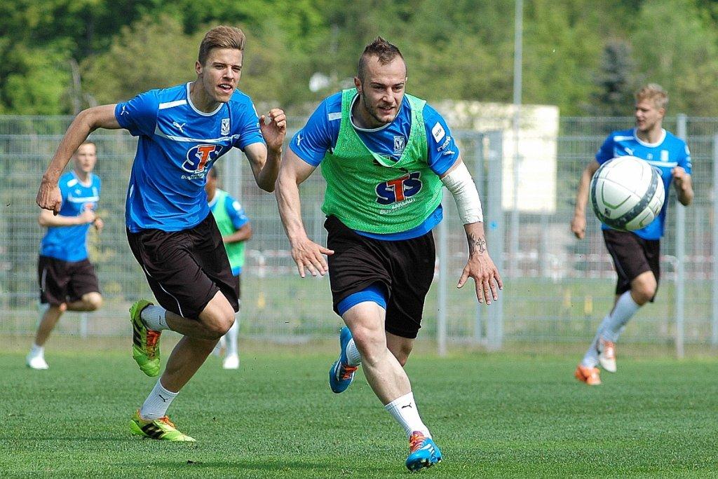Trening Lecha Poznań. Gergo Lovrencsics i Jan Bednarek