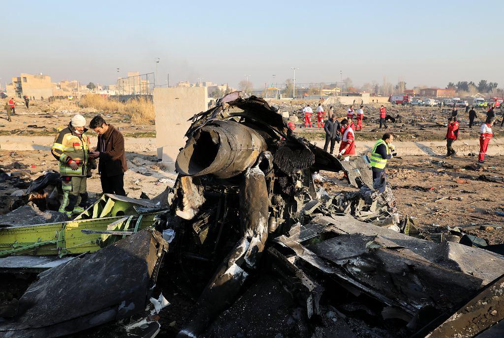 Miejsce katastrofy samolotu ukraińskich linii lotniczych w Iranie