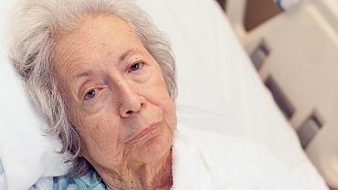 Zaawansowane odleżyny wymagają leczenia szpitalnego, a czasem również interwencji chirurgicznej.